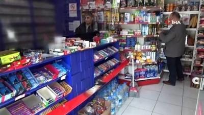 Bolu'da, korona virüsüne karşı asetat ve bantla önlem aldı