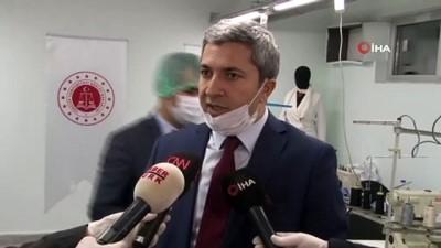 Denetimli serbestlik yükümlüleri, sağlık çalışanları için maske üretiyor