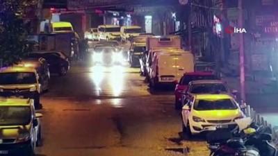 Kağıthane'de silahlı saldırı kamerada: 4 yaralı