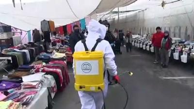 Dezenfeksiyonu yapılan halk pazarında maske ve eldiven dağıtıldı - KAHRAMANMARAŞ