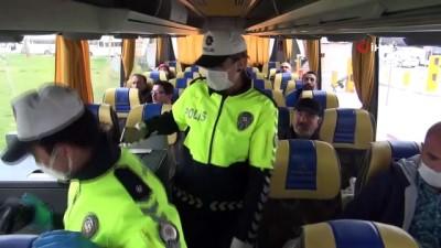 Manisa Emniyeti'nden otobüslerde korona virüs denetimi