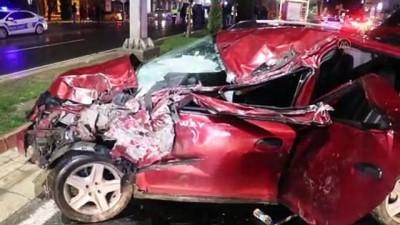 İki otomobil çarpıştı: 3 yaralı - ELAZIĞ