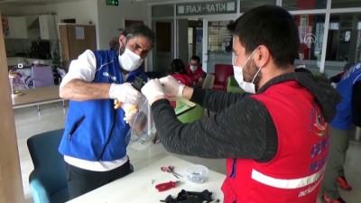 genclik merkezi - Sağlık çalışanları için koruyucu maske üretimine başlandı - ERZİNCAN
