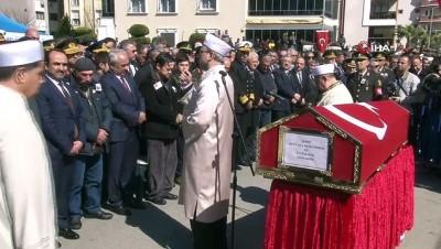 askeri toren -  İzmirliler şehidini uğurladı