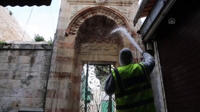 Doğu Kudüs'teki Kamame Kilisesi dezenfekte edildi