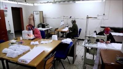 Erzurumlu kadınlar Kovid-19 nedeniyle gönüllü olarak maske üretmeye başladı