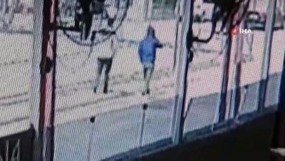 72 yaşındaki yaşlı kadını 'cinayete karıştın' diyerek 250 bin lira dolandırdılar
