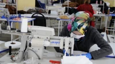 tekstil fabrikasi -  Şuhut'ta bir ay önce kurulan tekstil fabrikası maske üretmeye başladı