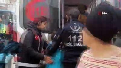 Kocaeli'de öğrenci taşıyan minibüs kaza yaptı; 27 yaralı