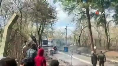 - Yunanistan'dan mültecilere tazyikli suyla müdahale