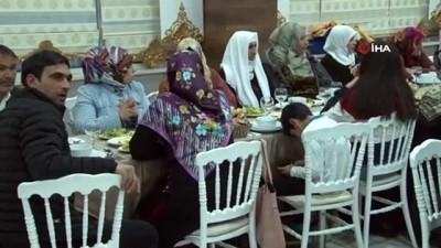 Cumhurbaşkanı Erdoğan HDP önündeki annelerin Kadınlar Günü'nü kutladı