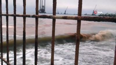 ekolojik -  Marmara Denizi turuncuya boyandı