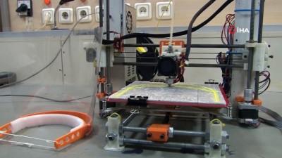 medikal -  Doktorlar geliştirdikleri 3D yazıcıdan yüz siperliği üretti