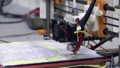 medikal - Hastanede geliştirdikleri 3 boyutlu yazıcıyla yüz korucuyu siperlik üretiyorlar - VAN