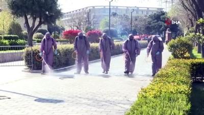 kimya -  - Bakü'nün ana caddeleri salgın nedeniyle dezenfekte ediliyor