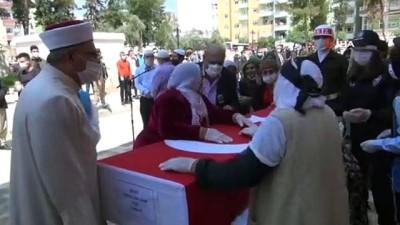 bassagligi -  Hakkari'de nöbet sırasında şehit olan asker Kızıltepe'de toprağa verildi