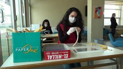 ozel sektor -  Korona ile mücadeleye gençlerden destek: Günde 500 adet 'siperli maske'
