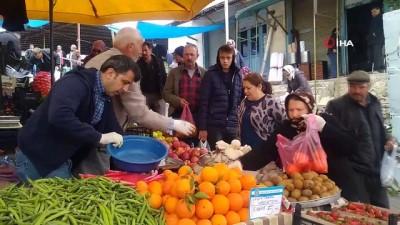 Selendi'de pazar yerinde ek tedbirler alındı