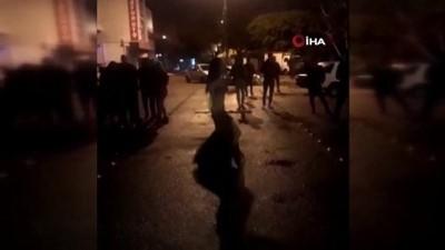cep telefonu -  Sokak ortasında dansöz oynatarak doğum günü partisi yapan gençlere polisten baskın