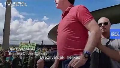 Covid-19'a rağmen miting düzenleyen Bolsonaro konuşması sırasında sık sık öksürdü