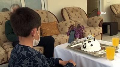 saglik gorevlisi -   Fedakar sağlıkçılar, çocuklarının doğum gününü 'Online' kutladı