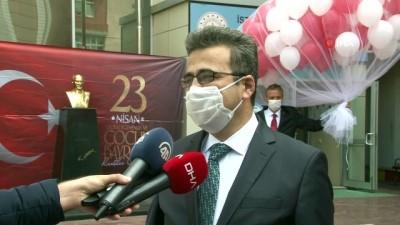İstanbul'da 100 okulda 100 balon gökyüzüne bırakıldı