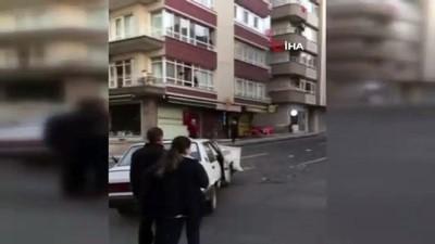 ambulans soforu -  Başkent'te ambulans otomobile çarptı: 3 yaralı
