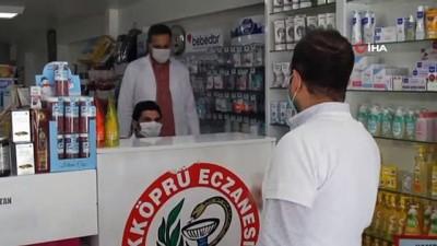 - Van'daki eczanelerde ücretsiz maske dağıtımına devam ediliyor