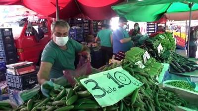 pazarci -  Tokat'ta Çarşamba pazarında yoğunluk