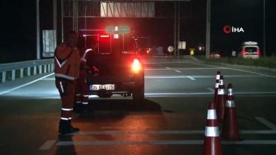 Polis ekipleri uygulama noktaları kurdu; İzmir'e giriş çıkışlar yasaklandı