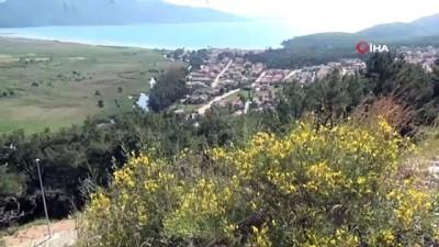Muğla'nın 'Sakin Kent' unvanlı turistik Akyaka Mahallesi sessizliğe büründü