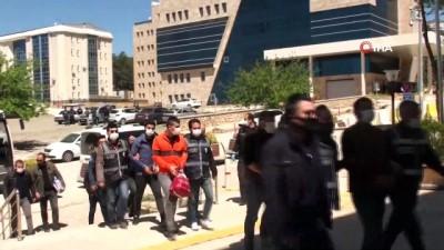 Elazığ'da darp ve çıplak fotoğrafla şantaja 6 tutuklama