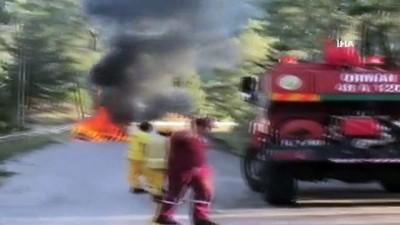 Marmaris'te alev alev yanan araç kullanılmaz hale geldi