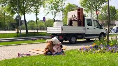 Sultangazi Belediyesi'nden anneler gününe özel belgesel tadında kutlama