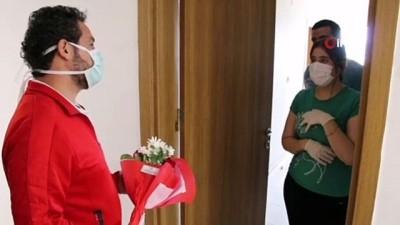 Van`da 14 günlük karantinada kalanlara anneler günü sürprizi