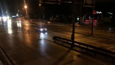 Yasağın sona ermesiyle sokaklar hareketlendi, trafik başladı