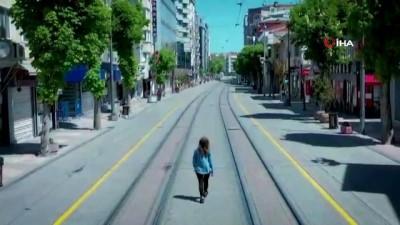 fenomen -  Sokağa çıkma kısıtlamasını anlatan en güzel video