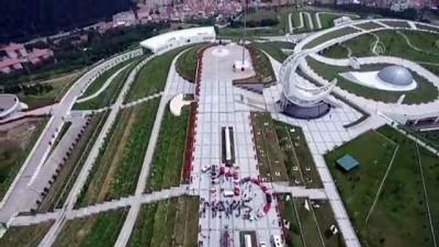 klasik otomobil - 19 Mayıs Atatürk'ü Anma, Gençlik ve Spor Bayramı kutlanıyor - Drone - BALIKESİR