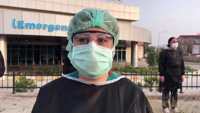 milli sporcular - Pandemi hastanesinde İstiklal Marşı okundu - İZMİR