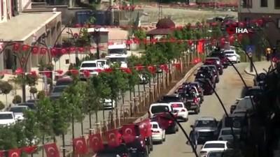 aliskanlik -  Şırnak'ta 19 Mayıs, araç konvoyuyla kutlandı