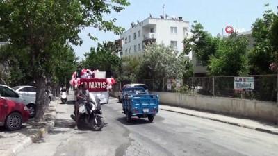 bagimsizlik -  Kuşadası sokaklarında 19 Mayıs coşkusu