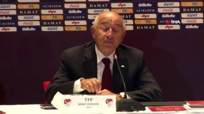 """Nihat Özdemir: """"18 Kulübün tam desteğiyle liglerin başlaması kararını aldık"""""""