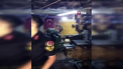 Rize'de jandarmadan kaçak silah atölyesine baskın: 2 gözaltı
