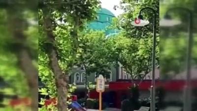 italyan -  Camilere müzikli saldırıyı paylaşan Banu Özdemir tutuklandı