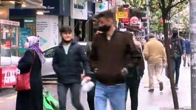 yagisli hava -  Yağmurlu hava 20 yaş altı gençlerin sokağa çıkmasına engel olmadı