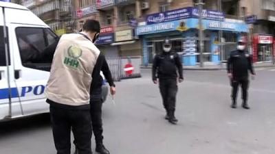 akarca - Nevşehir'de görev başındaki polislere çay ve kek ikramı