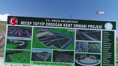 Erciş'te yeşil alan arttırılıyor