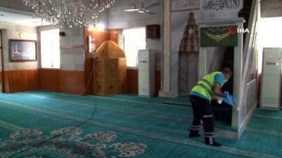 dezenfeksiyon -  Kayseri'de ibadete açılacak camilerde hummalı çalışma