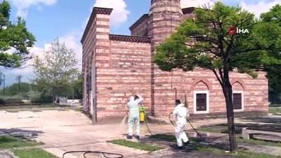 dezenfeksiyon -  Osmangazi'de Cuma namazı hazırlıkları