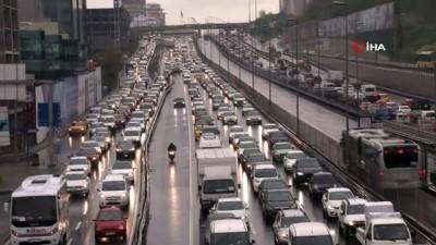 İstanbul trafiği alışılmış haline geri döndü